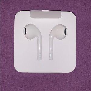 Wired Apple Headphones Lightening Connector